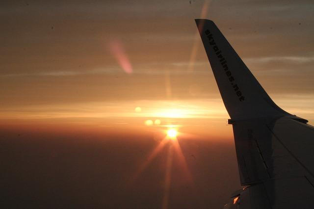 airplane-290859_640