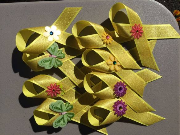 Yellow ribbons for missing persons